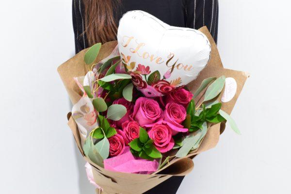 Valentine's Day Dozen roses pink